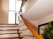 vana-stairs-2